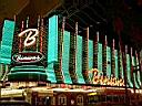 Binion's Casino sur Fremont st en nocturne .. photo XL